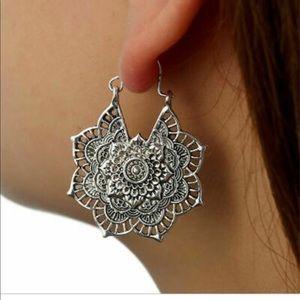 Jewelry - 🧜🏻♀️Silver Boho Earrings